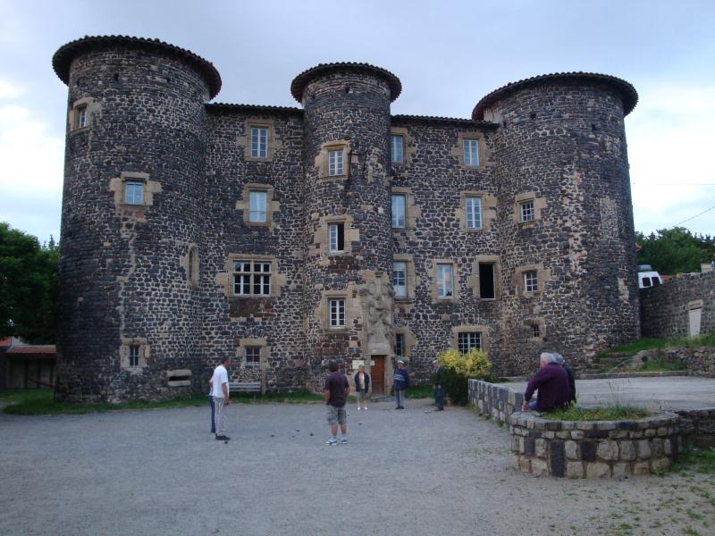 Jeu de Boules bij \'t kasteel van Le Monastier sur-Gazelle