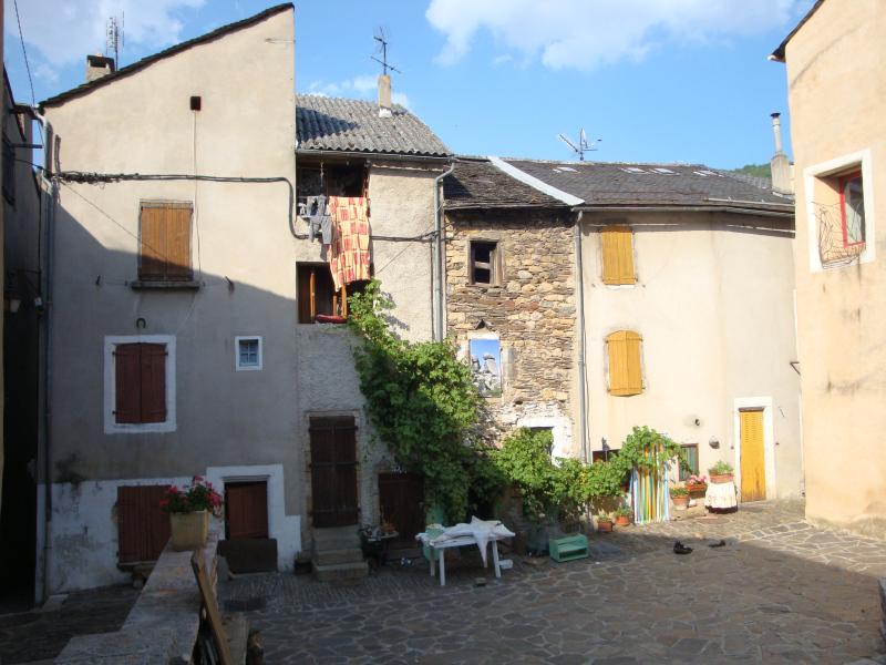 binnenplaatsje in Florac