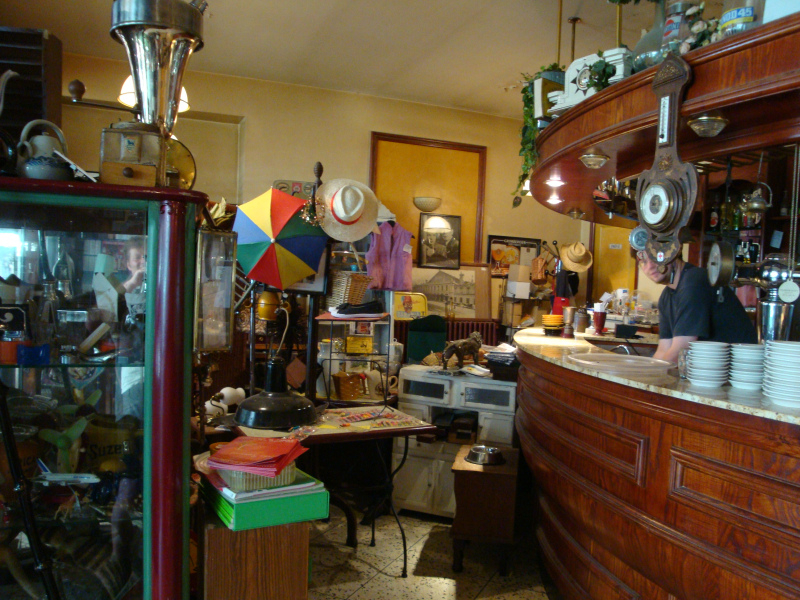 cafe tevens brocante  in Saint Jean du Gard