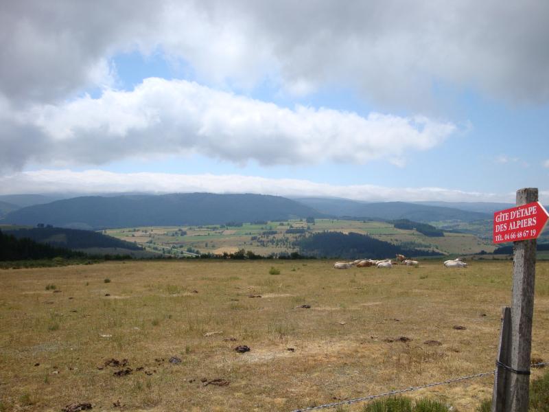 uitzicht op de Mont Lozère vanaf Les Alpiers boven le Bleymard