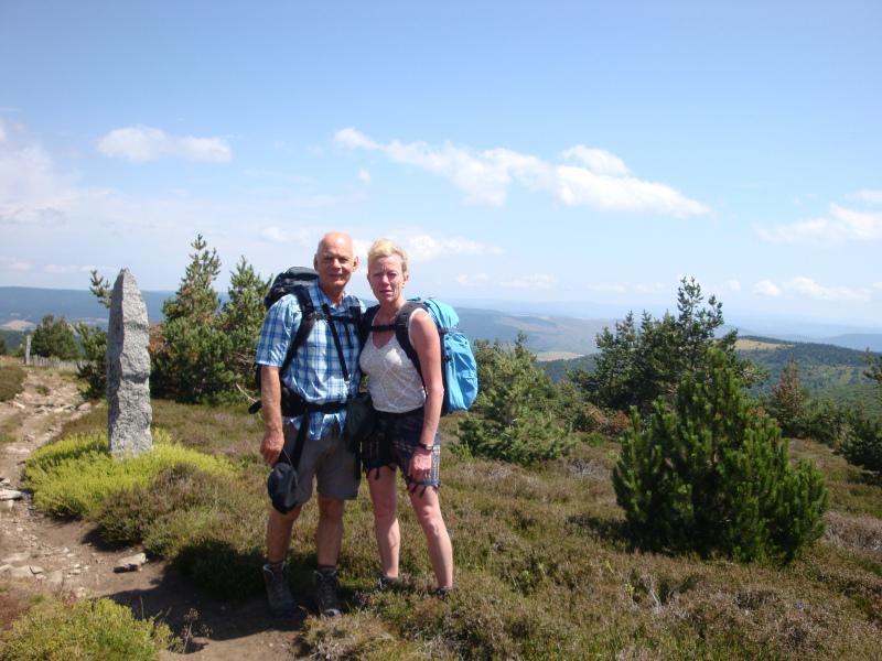 Dr. Joachim Dworski, zahnarzt en zijn vrouw hebben mij (met mijn blaren en slechte schoenen) met peptalk de Mont Lozère op en af geholpen.